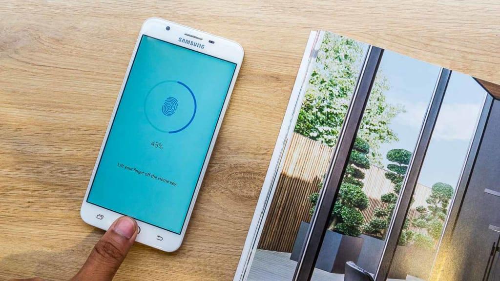 Có nên mua điện thoại Samsung J7 Prime hay không?